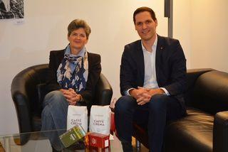 Spendenübergabe: Ursula Vennemann und Johannes Hornig