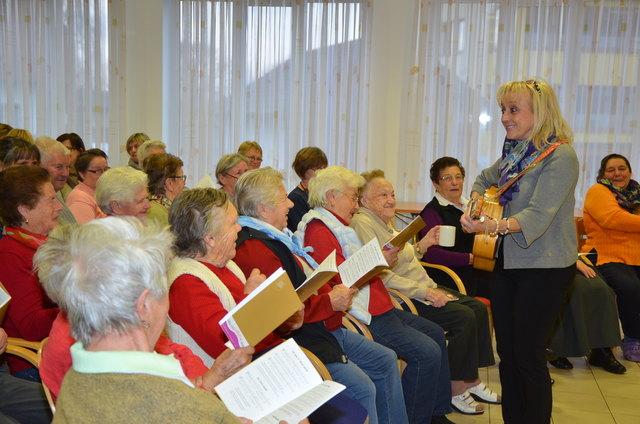 Weihnachtslieder Zum Singen.Weihnachtslieder Singen Thema Auf Meinbezirk At
