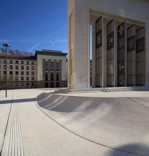 Die Landesregierung gibt 581.000 Euro aus den GAF-Mitteln für das BKH Kufstein frei.