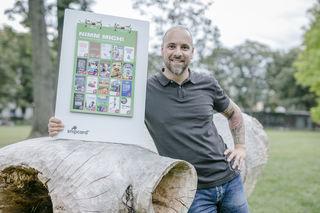 """Er setzt alles auf eine Karte: Thomas Pirker bietet mit seinen """"Snipcards"""" eine neue und innovative Werbeplattform in Graz."""