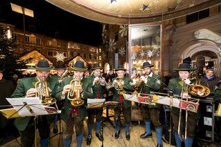 Die MMK Pischelsdorf umrahmte die Eröffnung musikalisch.