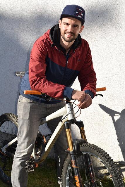 """Fahrradtechniker Eric Preiml eröffnet am 2. Jänner 2018 sein Geschäft. Beim """"Radwerker"""" dreht sich alles um die """"Drahtesel"""""""