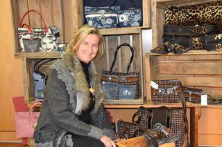 Martina Gruber designt ihre Taschen nach den Bedürfnissen, die sie selbst und ihre Kundinnen an die Accessoires haben