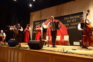 Schöne Melodien und ein wunderbares Programm zur Einstimmung auf Advent, Weihnachten und Jahresausklang.