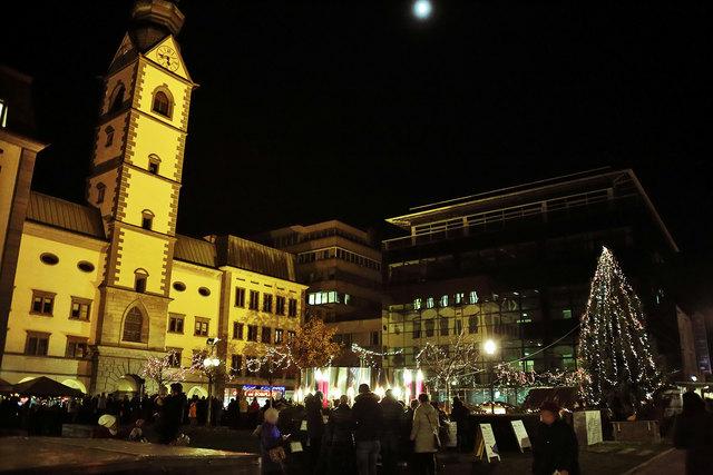 """""""Die Alte Weihnacht - Das Weihnachtserlebnis am Domplatz"""" in Klagenfurt."""