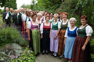 Chorleiter Hannes Baptist und der Singkreis Raaba laden zum Weihnachtsoratorium nach Messendorf.