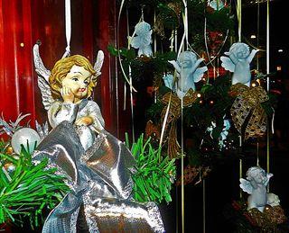 ... sah ich am Weihnachtsmarkt-Standl