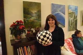Ab 15. Dezember präsentiert Andrea Maranitsch regionale Künstler.