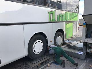 Ostautobahn A4: Desolate Reisebusse aus dem Verkehr gezogen