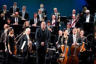 Beim Advent in der Oper, Dirigent Marius Burkert und das Grazer Philharmonische Orchester.