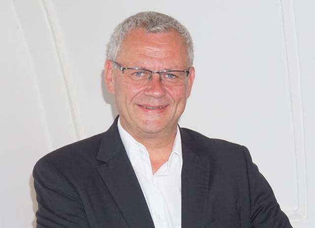 """""""Das Rauchverbot auszuhebeln, ist sicher kein Leuchtturmprojekt"""", meint ÖVP-Chef Thomas Steiner"""