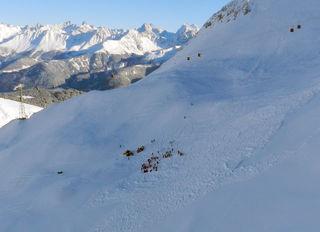 Lawinenabgang im freien Skiraum in Serfaus