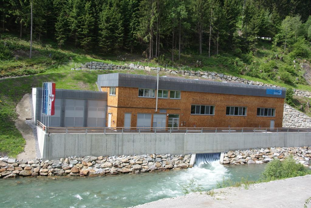 Finanzierung neu aufstellen: Seit 2014 produziert das Kraftwerk Stanzertal sauberen Strom aus Wasserkraft.