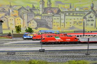 Öffentliche Fahrzeiten für die Modellbahn.