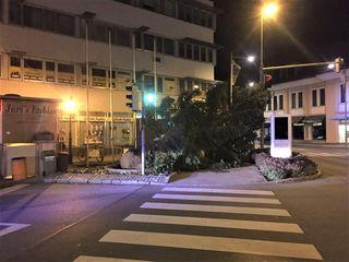 Der Christbaum vom Niedermarkt wurde vom Sturm zu Boden gerissen.