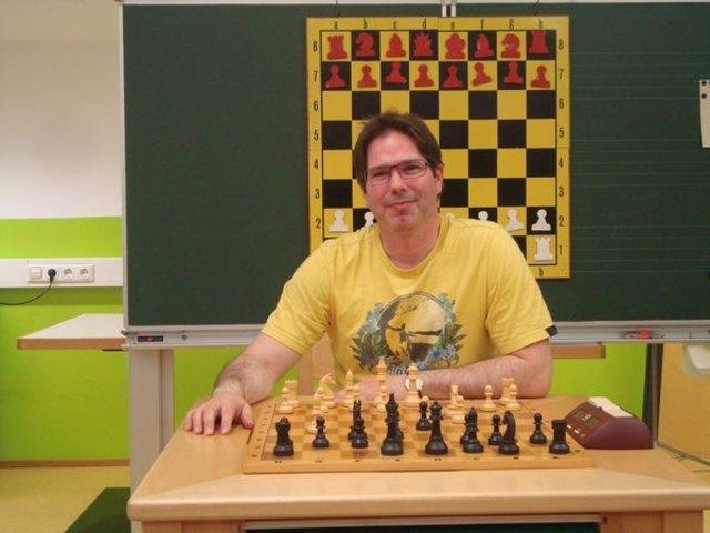 """Clemens Berchtold kann sich ein Jahr lang mit dem Titel """"Clubmeister SPG Hall/Mils"""" schmücken."""