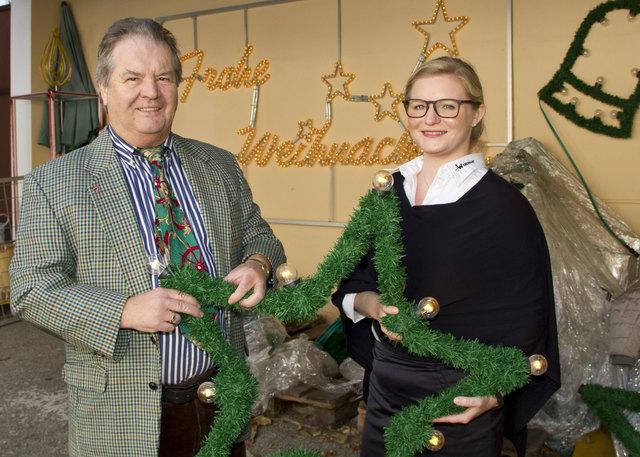 Franz und Christina Polster produzieren High Tech und Weihnachtsbeleuchtung.