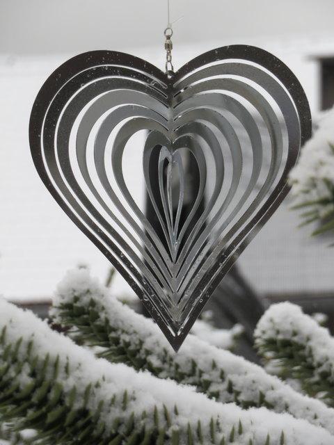 Es ist leicht, diese Jahreszeit zu lieben, wenn sie mit ihrer weißen Flockenpracht bezaubert...