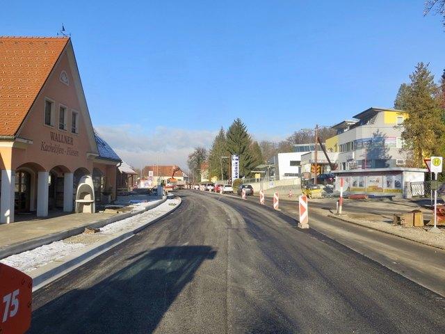 Ab in die Winterpause: Die Baustelle bei der St.-Peter-Hauptstraße biegt in die Zielgerade ein, im Februar 2018 geht's weiter.