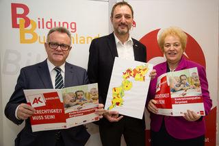 Stolz auf den Kinderbetreuungsatlas: LH Hans Niessl, AK-Präsident Gerhard Michalitsch und LR Verena Dunst