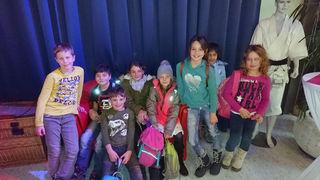 Die Volksschüler aus Pfunds/Lafairs waren vom Theaterstück in Innsbruck begeistert.