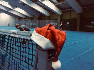 Da hat wohl jemand seine Mütze vergessen: Die Weihnachtsfeier des TC Bad Ischl gestaltete sich nicht nur gesellig, sondern auch mehr als sportlich.