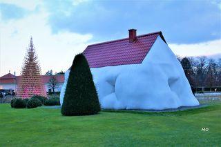 Fat House, Erwin Wurm, Belvedere, Wien, Schlossgarten, HELLO WOOD