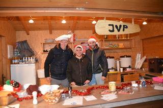 Am Stand der JVP: Rudolf Ebner, Daniel Henikl und Daniel Aigner.