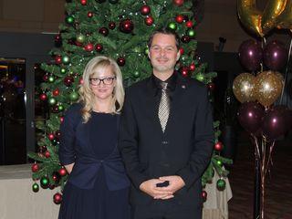 Mond Casino & Hotel Direktor Ahac Pinter und Marketingleiterin Vesna Gorican Cac freuen sich über das Jubiläum.