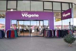 Aus für das Schweizer Modehaus Charles Vögele. Die Filialen wurden vom italienischen Modegiganten OVS übernommen.