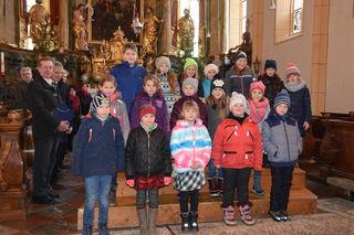 Die Kinder der Volksschule Rangersdorf sangen beim Adventkonzert mit