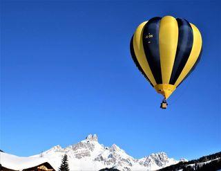 Ein Tag ohne Wolken, mit einen Ausblick der im Ballon sicher nochmal so schön ist Richtung Bischofsmütze.