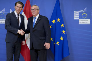 Neo-Kanzler Kurz bei Jean-Claude Juncker.