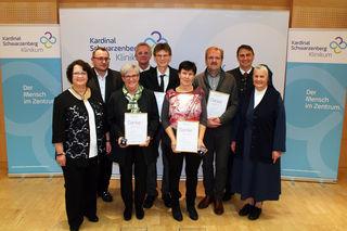 Die Geschäftsleitung des Kardinal Schwarzenberg Klinikums bedankte sich bei den Jubilaren für 35- bzw. 40-jährige Betriebszugehörigkeit.