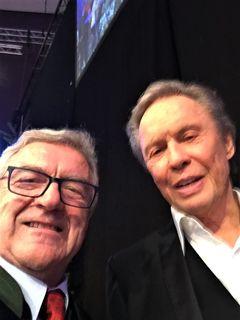 """Ein """"Selfie"""" mit Peter Kraus macht einfach Freude und lässt die alten Erinnerungen aufleben."""