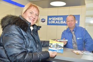 Vizebürgermeisterin LAbg. Dr. Helga Krismer mit WLB-Mitarbeiter Robert Hoch