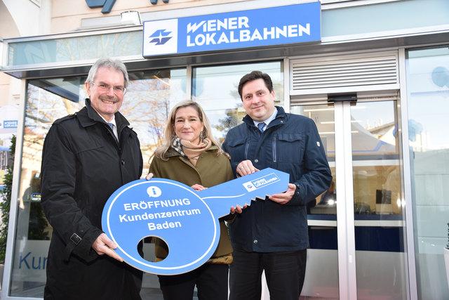 LR Mag. Karl Wilfing mit WLB Vorstand Mag. Monika Unterholzer und Bgm. Dipl.-Ing. Stefan Szirucsek