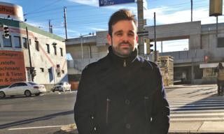 Seit 28 Jahren wohnt Michael Matzinger in der Gassergasse. Seit der Inbetriebnahme des Hauptbahnhofes klagt er über eine Lärmbelästigung, die vom Gleiskörper ausgeht.