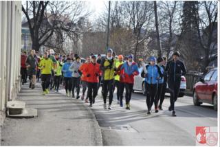 Die Läufer brachten das Friedenslicht zu den verschiedenen Rüsthäusern entlang der Strecke.