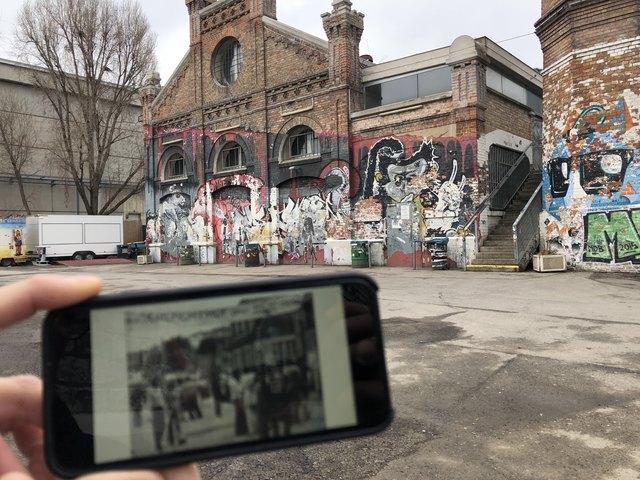 Mittels QR-Code kann man an 17 Stationen Wiener Protestgeschichte anhand von Audio- und Videodateien erfahren - tolle historische Aufnahmen inklusive!