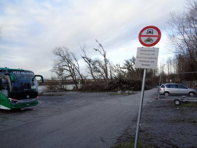 An der Schiffsanlegestelle in Schärding könnten laut den Verantwortlichen des Verschönerungsvereins 30 Parkplätze entstehen.