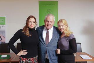 Juristenverband-Präsident Fritz Wennig mit Designerin Niki Osl (links) und die Sängerin Iva Schell.
