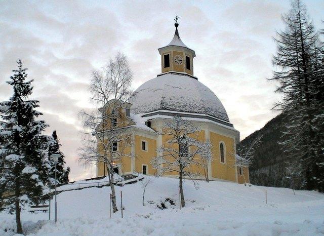 Die Renovierungsarbeiten an der schönen Kirche in Böckstein müssen 2018 fortgesetzt werden.