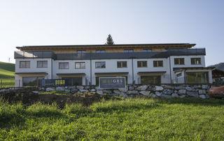 Neu errichtete Wohnanlage im Siedlungsgebiet Perchtleiten.