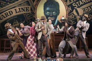 Sie alle genossen den großen Applaus, Alvin Le-Bass als Coalhouse Walker Jr. und das Harlem -Ensemble.