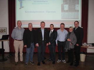 V.l.: Karl Pichler, Thomas Golob, Reinhard Bierbauer, Christopher Krieger, Karl Körbler, Claudia Pronegg und Werner Zuschnegg.
