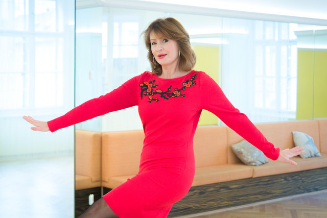 Ihr Auftritt, bitte! Patricia Stieder-Zebedin besucht rund 30 Bälle pro Saison, tanzt persönlich am liebsten Cha-Cha-Cha und ist der Meinung, dass man aus jedem Menschen einen Tänzer machen kann.