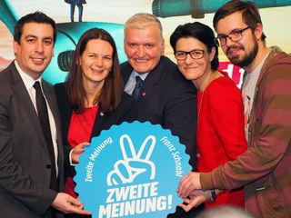 Bild: SPÖ (v.l.n.r.): Landtagsabgeordneter Dr. Günther Sidl (Spitzenkandidat Melk), Bürgermeisterin Mag.a. Kerstin Suchan-Mayr (Spitzenkandaidatin Amstetten), Landesparteivorsitzender Landesrat Franz Schnabl (Spitzenkandidat SPÖ NÖ), Landtagsabgeordnete Bürgermeisterin Renate Gruber (Spitzenkandidatin Scheibbs) und Mirza Buljubasic (Vorsitzender SJ NÖ).