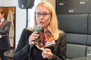 """Margarete Schramböck will Österreich zu einer """"leading digital nation"""" machen und beginnt bei den Lehrberufen."""