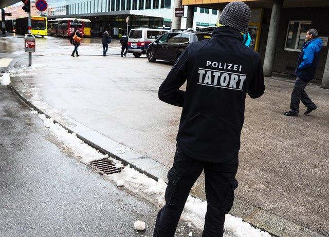 Die Kriminalpolizei ermittelt. Genaue Informationen stehen noch nicht zur Verfügung.